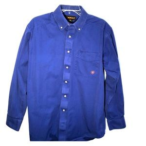 ARIAT Solid Twill Classic Fit Shirt Mens size M